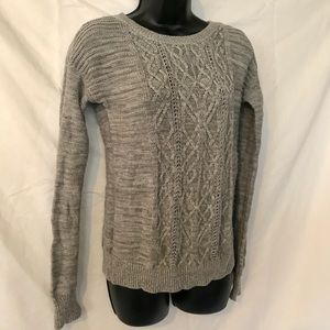 Chunky Braided Grey Cable Knit Sweater Long Sleeve